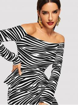 Elegant Animal Slim Fit Off the Shoulder Long Sleeve Pullovers Black and White Crop Length Zebra Print Off The Shoulder Peplum Tee