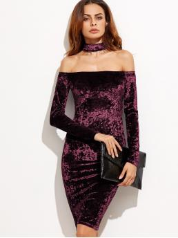Glamorous Bodycon Plain Slim Fit Off the Shoulder and Halter Long Sleeve Burgundy Midi Length Off Shoulder Crushed Velvet Dress With Choker