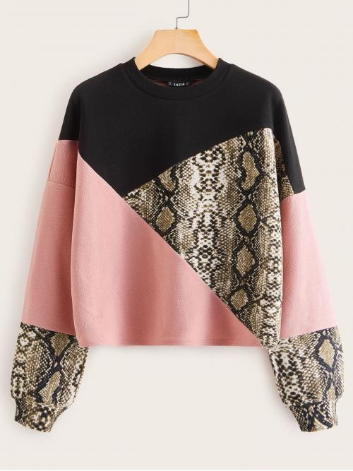 Casual Pullovers Colorblock and Snakeskin Print Regular Fit Round Neck Long Sleeve Multicolor Regular Length Snakeskin Print Colorblock Pullover