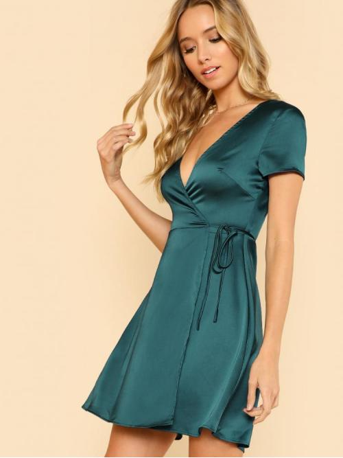 Green Plain Belted Deep V Neck Self Tie Dress on Sale