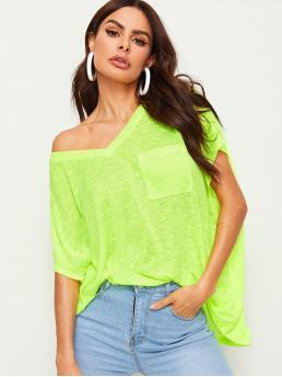 Casual Plain Oversized V neck Short Sleeve Batwing Sleeve Pullovers Green and Bright Longline Length Neon Lime V-neck Patch Pocket Tee