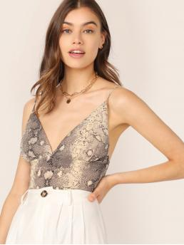 Sexy Cami Snakeskin Print Regular Fit Deep V Neck Multicolor Regular Length Snakeskin Spaghetti Strap Shirred Crop Cami Top with Lining