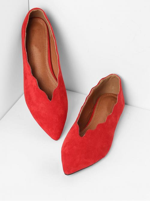 Ballet Point Toe Red Scalloped Trim