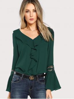 Elegant Plain Top Regular Fit V neck Long Sleeve Flounce Sleeve Green Regular Length Pleated Guipure Lace Sleeve Ruffle Trim Top