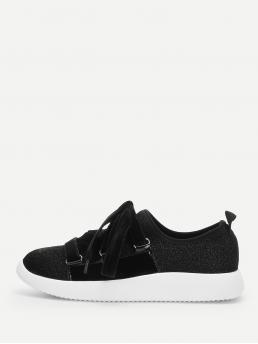 Other Round Toe Plain Lace Up Black Glitter Design Lace-up Sneakers