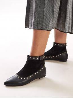 Comfort Other Plain Black Point Toe Studded Decor Ankle Boots