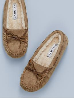 Comfort Round Toe Plain Camel Faux Fur Lined Bow Accent Moccasins