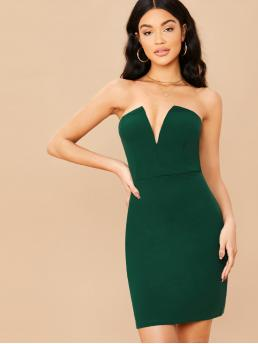 Glamorous and Sexy Bodycon Plain Pencil Slim Fit Deep V Neck and Strapless Sleeveless High Waist Green Short Length Solid V-Cut Neck Bodycon Tube Dress