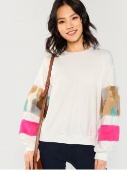 Contrast Faux Fur and Colorblock Stand Collar Long Sleeve White Regular Length Mock Neck Faux Fur Sweatshirt