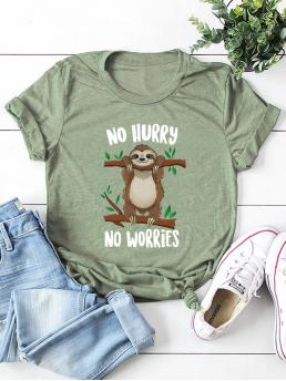 Casual Letter and Cartoon Regular Fit Round Neck Short Sleeve Pullovers Green Regular Length Letter And Animal Print Tee