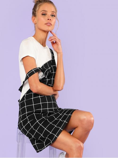 Preppy Pinafore Plaid Straight Loose Straps Sleeveless Natural Black and White Short Length Bib Pocket Front Grid Overall Dress
