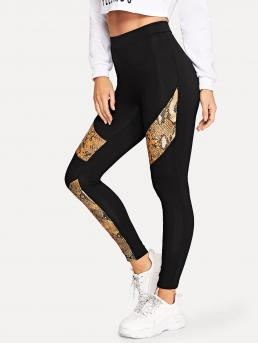 Sporty Regular Animal Black Cropped Length Snake Skin Panel Leggings