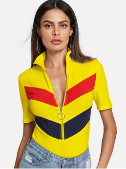 Sporty Chevron and Colorblock Slim Fit Stand Collar Short Sleeve Half Placket Multicolor and Bright Regular Length Zip Up Fitted Chevron Tee