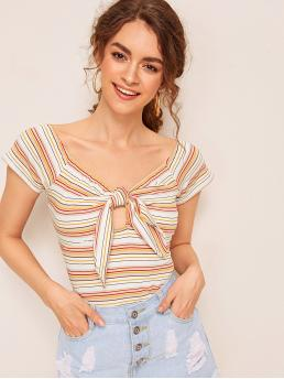 Casual Striped Slim Fit V neck Short Sleeve Raglan Sleeve Pullovers Multicolor Crop Length Striped Tie Front Peekaboo Tee