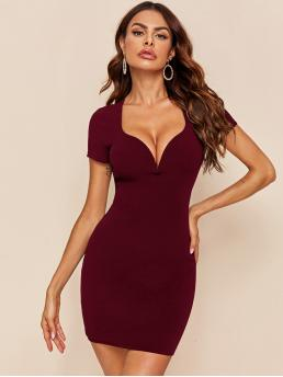 Maroon Plain Sweetheart Short Dress on Sale