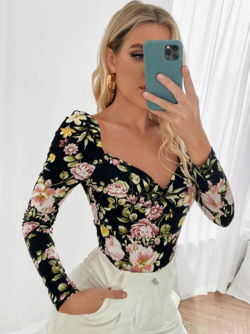 Long Sleeve Polyester Floral Multicolor Tee Beautiful