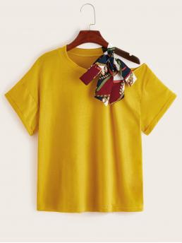 Casual Scarf Print Regular Fit Asymmetrical Neck Short Sleeve Pullovers Yellow Regular Length Contrast Scarf Print Tape Open Shoulder Tee