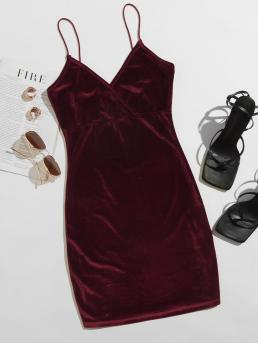 Womens Burgundy Plain Spaghetti Strap Short Solid Velvet Dress
