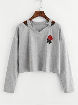 Casual Regular Fit V neck Long Sleeve Grey Crop Length Cut Out Neck Rose Patch Marled Tee