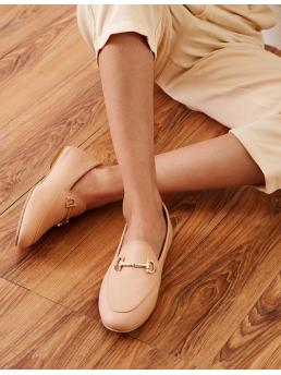 Comfort Round Toe Plain Apricot Horse Bit Decor Flat Loafers