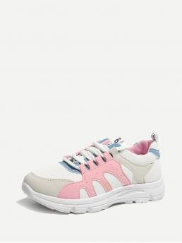 Comfort Round Toe Multicolor Lace Up Low Top Sneakers