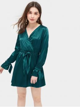Glamorous Plain Loose V neck Long Sleeve Green Short Length Solid Knot Cuff Self Tie Satin Dress with Belt