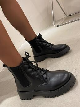 Discount Black Combat Boots Mid Heel Pu Leather Lace up Front Knit Splicing Boots