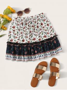 Boho A Line Colorblock and Ditsy Floral Mid Waist White Above Knee/Short Length Ditsy Floral Pompom Detail Ruffle Hem Skirt