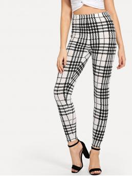 Casual Regular Plaid and Houndstooth Black and White Cropped Length Plaid Skinny Leggings