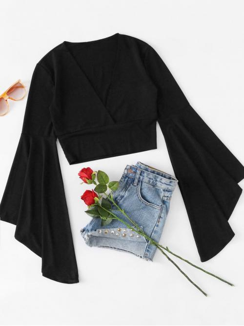 Sexy Plain V neck Long Sleeve Black Fluted Sleeve Surplice Tee