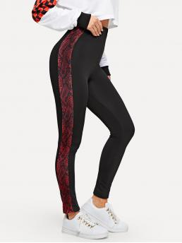 Sporty Regular Black Long Length Contrast Snakeskin Print Leggings