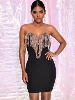 Glamorous and Sexy Bodycon Plain Pencil Slim Fit Strapless and Sweetheart Sleeveless Natural Black Short Length Contrast Sequin Fringe Sweetheart Neck Bodycon Dress