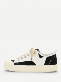 Canvas Round Toe Colorblock Lace Up Black and White Lace-up Colorblock Sneakers