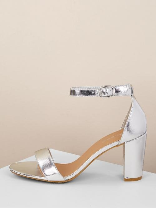 Glamorous Open Toe Ankle Strap Silver High Heel Chunky Metallic Toe Band Buckled Ankle Chunky Heels
