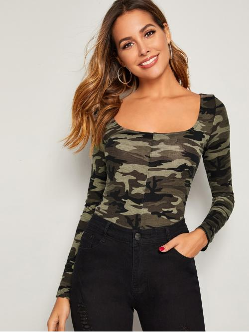 Casual Camo Slim Fit Scoop Neck Long Sleeve Pullovers Multicolor Regular Length Camo Print Form Fitted Tee
