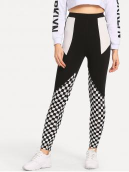 Sporty Regular Plaid and Colorblock Black and White Long Length Color Block Plaid Leggings