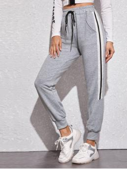 Sporty Colorblock Sweatpant Regular Drawstring Waist Mid Waist Grey Cropped Length Contrast Panel Drawstring Waist Sweatpants