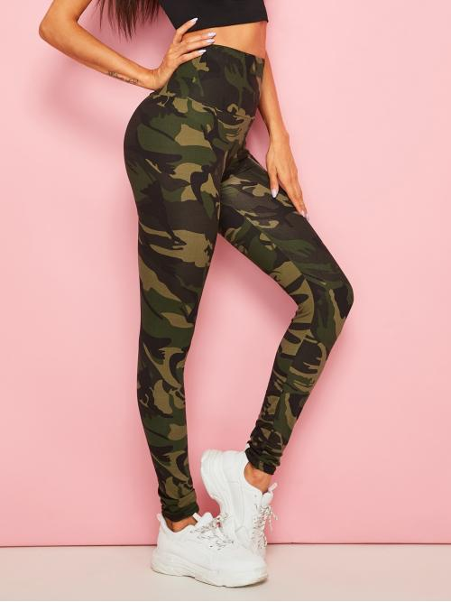 Sporty Regular Camo Multicolor Cropped Length Camouflage Print Leggings
