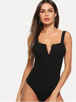 Sexy Plain Skinny Notched and Straps Sleeveless Mid Waist Black V Cut Front Form Fitting Bodysuit