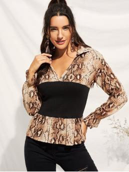 Classy Animal Peplum Regular Fit V neck Long Sleeve Flounce Sleeve Pullovers Multicolor Regular Length Snake Print Cut And Sew Blouse