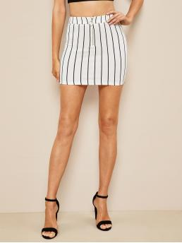 Casual Bodycon Striped Mid Waist Black and White Mini Length O-ring Half Zip Front Striped Skirt