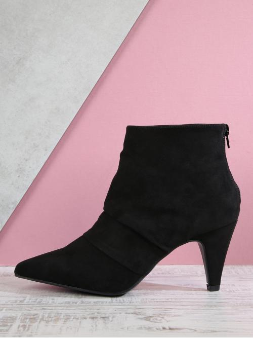 Women's Polyester Black Chelsea Boots Studded Folded Detail Pointed Heeled Boots
