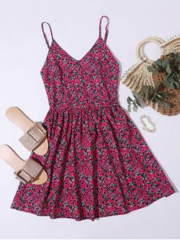 Womens Hot Pink all over Print Shirred Spaghetti Strap Back Flowy Dress