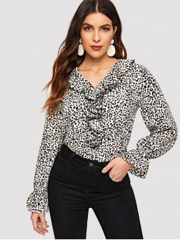 Elegant Leopard Top Regular Fit V neck Long Sleeve Pullovers Multicolor Regular Length Leopard Print Ruffle Trim Top