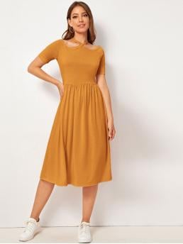 Casual A Line Plain Flared Slim Fit Halter Short Sleeve Regular Sleeve High Waist Yellow Long Length Solid Cut-out Halter Dress