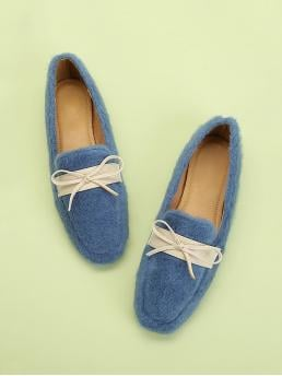 Square Toe Blue Contrast Bow Decorated Fuzzy Flats