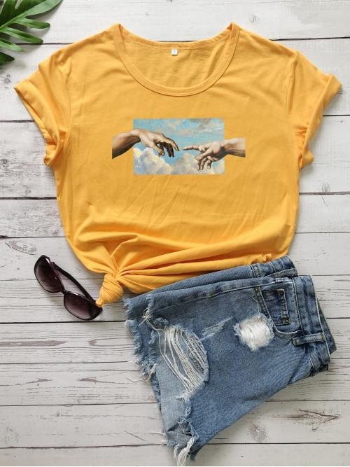 Casual Figure Regular Fit Round Neck Short Sleeve Regular Sleeve Pullovers Yellow Regular Length Hands Print Rolled Sleeve Tee