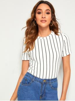 Basics Striped Top Slim Fit Round Neck Short Sleeve Regular Sleeve Pullovers White Regular Length Striped Textured Top