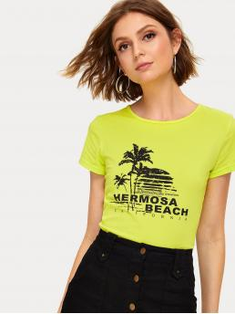 Casual Letter and Plants Regular Fit Round Neck Short Sleeve Pullovers Green and Bright Crop Length Neon Lime Letter Print Tee