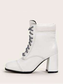 Business Casual Lace-up Boots Round Toe No zipper White High Heel Chunky Lace-up Front Chunky Heeled Boots